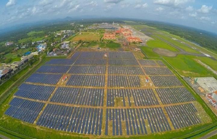 Το πρώτο αεροδρόμιο του κόσμου που λειτουργεί με ηλεκτρική ενέργεια