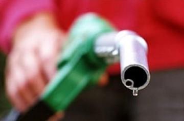 Πόσο θα κοστίζουν πετρέλαιο κίνησης και αμόλυβδη μετά το νέο χαράτσι