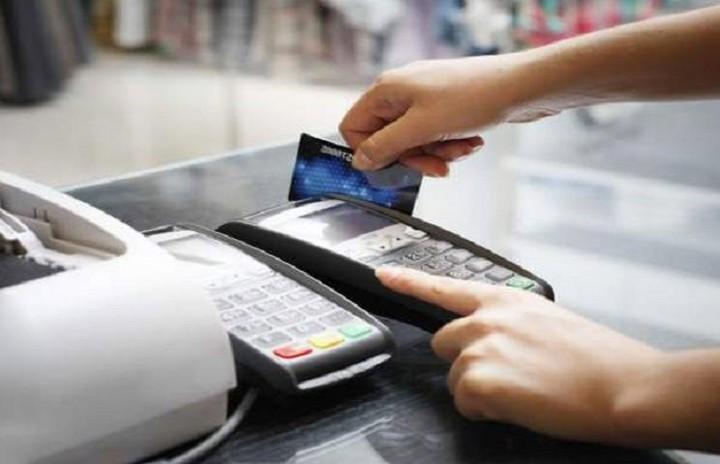 Συνήγορος του Καταναλωτή: Τέρμα στις επιβαρύνσεις για πληρωμές με κάρτες