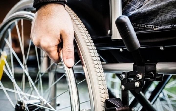 Παράταση για αναπηρικές συντάξεις και επιδόματα