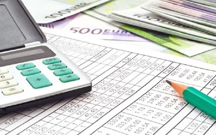Στον «αέρα» φορολογικές δηλώσεις, συναλλαγές με κάρτες και έλεγχοι για ανασφάλιστα αυτοκίνητα