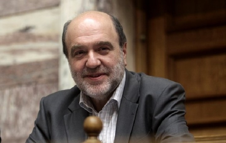 Αλεξιάδης: Δεν υπάρχει σκέψη για κούρεμα των καταθέσεων