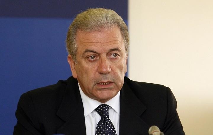 Αβραμόπουλος: Χρειαζόμαστε περισσότερη Ευρώπη