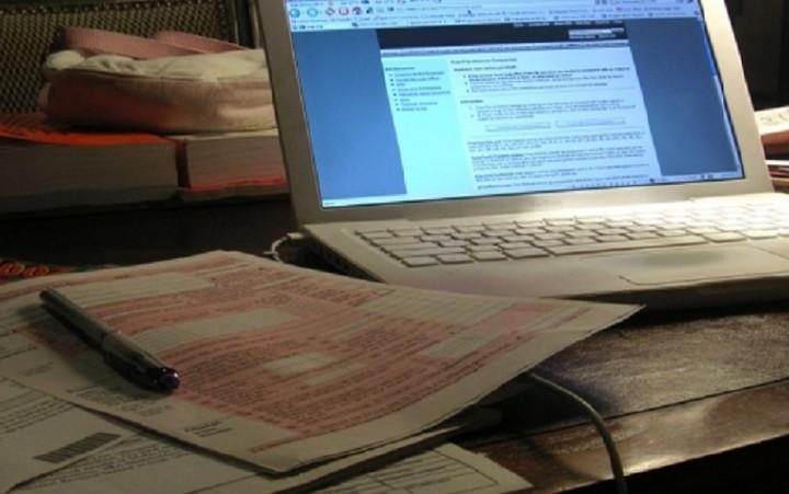 Πώς θα κάνετε μόνοι σας τη φορολογική δήλωση- Όλα τα βήματα