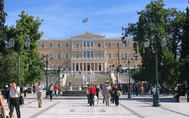 Δύο χιλιάδες εκατομμυριούχοι έφυγαν από την Αθήνα