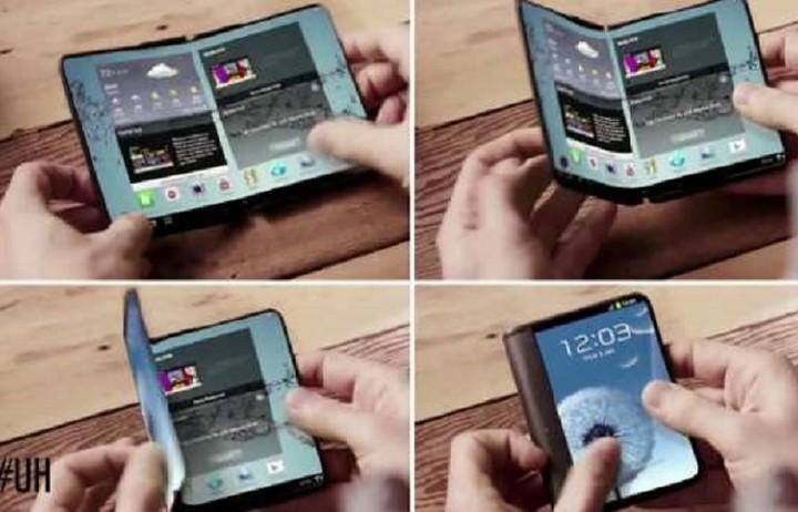 Έρχεται το πρώτο αναδιπλούμενο smartphone - Πότε θα κυκλοφορήσει