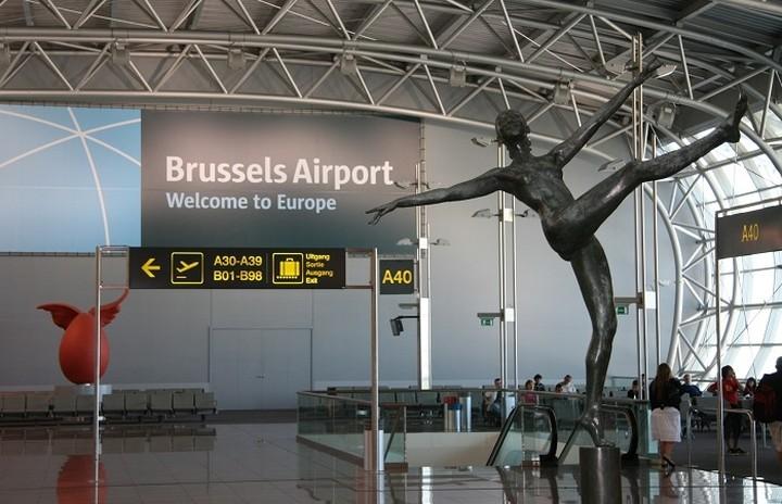 Επαναλειτουργεί το διεθνές αεροδρόμιο των Βρυξελλών