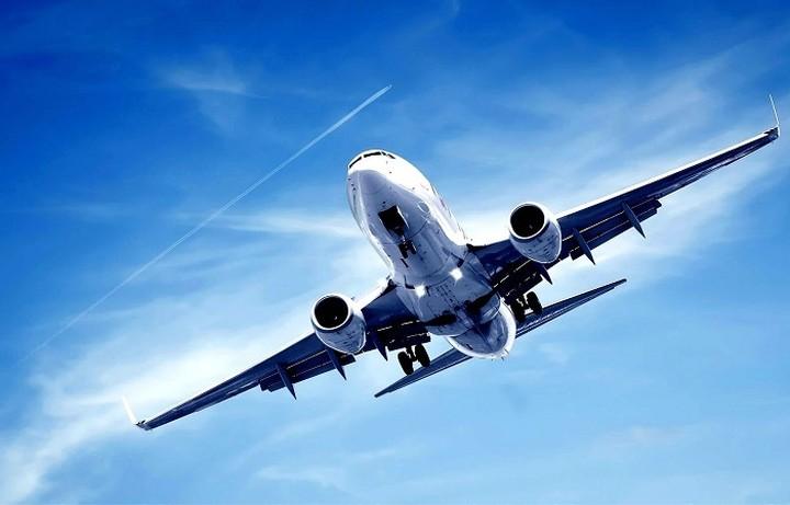 Ποιες αεροπορικές εταιρείες δίνουν τα χέρια