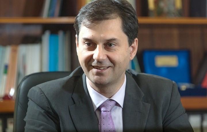 Θεοχάρης: Η θέση του ΔΝΤ είναι θετικότερη από της κυβέρνησης για τον λαό