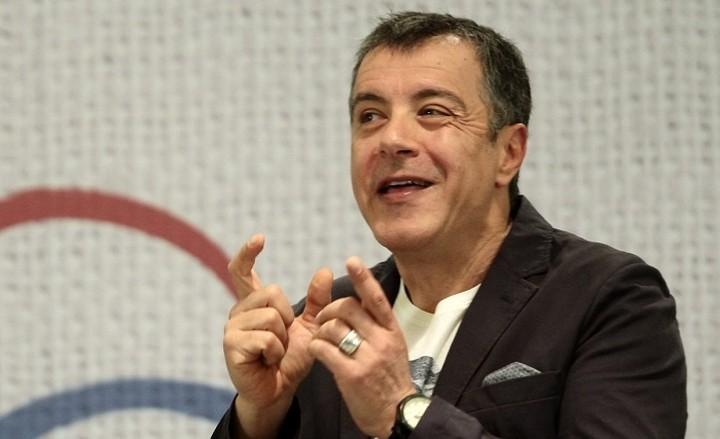 Θεοδωράκης: Κανείς στην ΕΕ δεν κατάλαβε γιατί η Αθήνα συγκρούεται με το ΔΝΤ