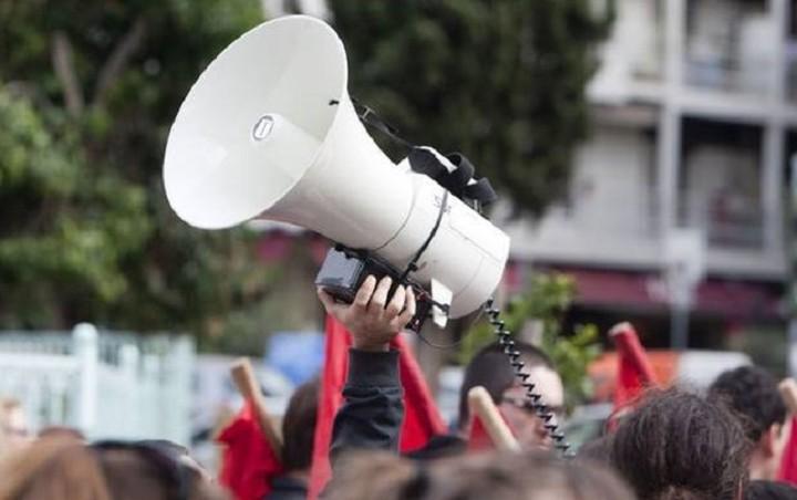 «Παραλύει» η χώρα από τις απεργιακές κινητοποιήσεις
