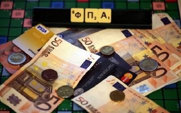 Ποια προϊόντα και υπηρεσίες θα ανατιμηθούν με την αύξηση του ΦΠΑ στο 24%