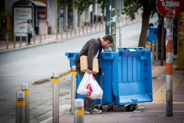 Στοιχεία σοκ: Ο ένας στους πέντε Έλληνες ζει σε καθεστώς απόλυτης φτώχειας