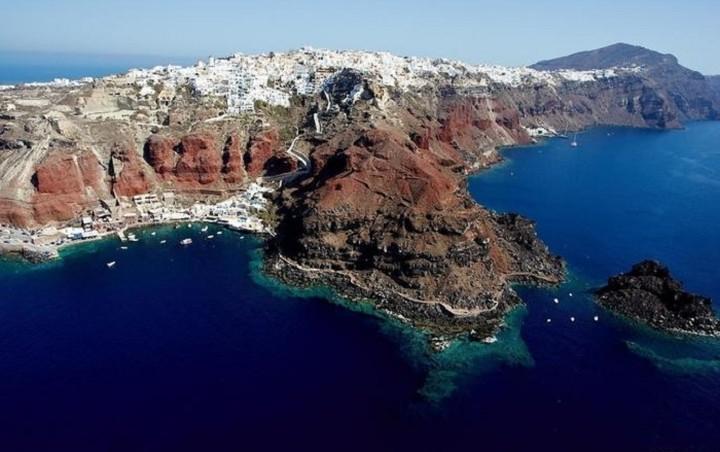 Η επένδυση που σου επιτρέπει να δεις όλες τις παραλίες της Μεσογείου στον υπολογιστή σου