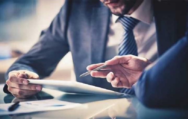 «Δεν πληρώνω» από τη μία στις δύο επιχειρήσεις – Που φτάνουν τα «φέσια»