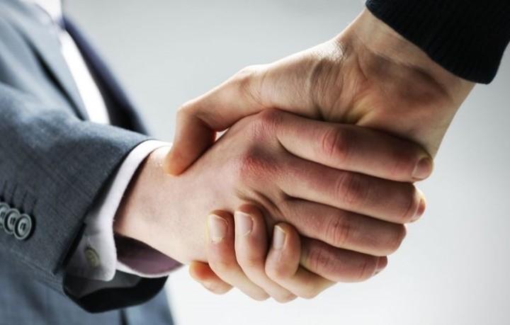 Έχουν ακυρωθεί συμφωνίες 489 δισ. παγκοσμίως το 2016