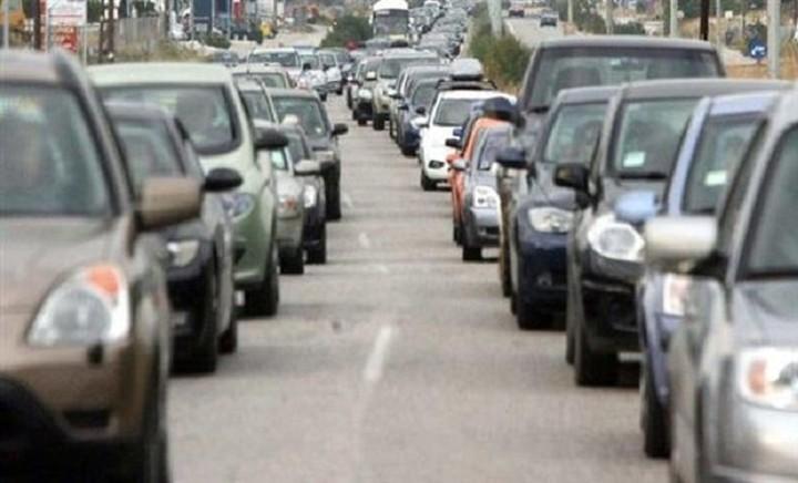 «Φοροσόκ» για τα υβριδικά και ηλεκτρικά αυτοκίνητα