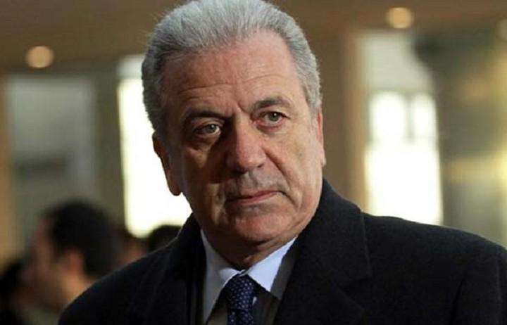 Αβραμόπουλος: Η Ε.Ε. καταδικάζει όλες τις μορφές ρατσισμού και ξενοφοβίας