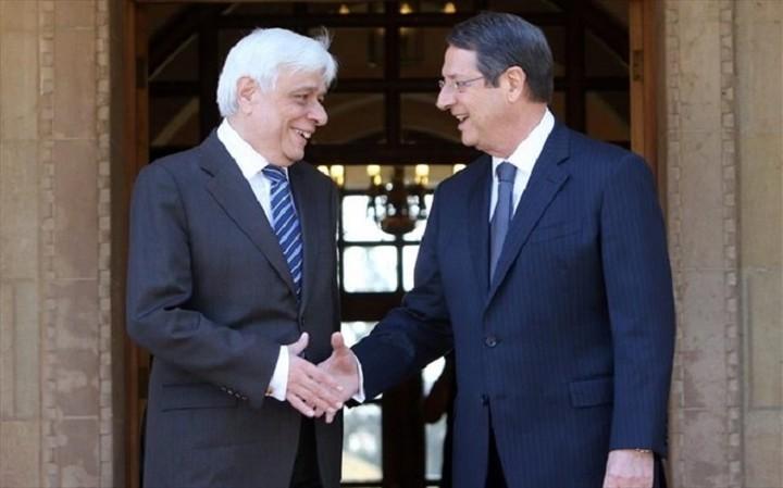 Σε εξέλιξη η συνάντηση του Προέδρου της Δημοκρατίας με τον Αναστασιάδη