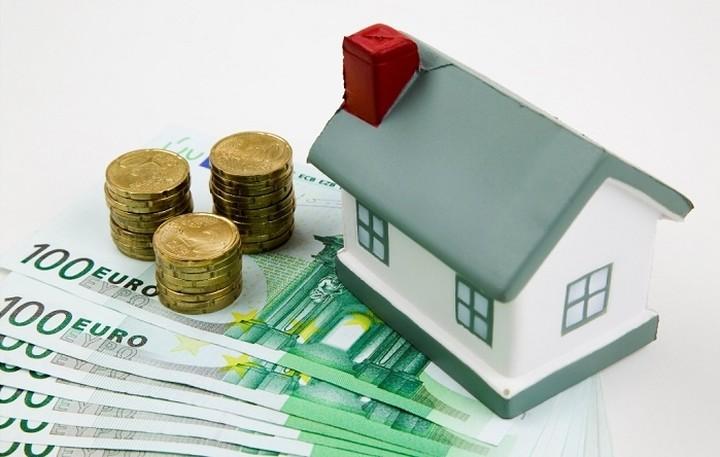 Πάνω από 93 δισ. ευρώ είναι τα χρέη των νοικοκυριών σε δάνεια