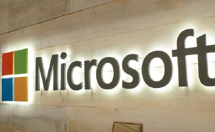Το σχέδιο της Microsoft που αλλάζει τον χάρτη της τεχνολογίας