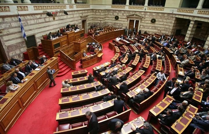 Ψηφίστηκε ο αναπτυξιακός νόμος