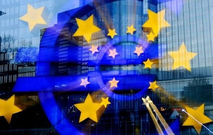 Στο σημερινό EuroWorking Group αναμένεται να ληφθεί η τελική απόφαση