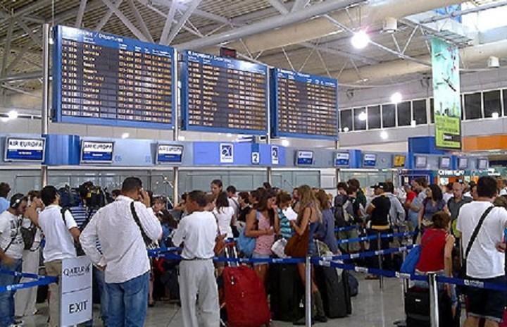 Μεγάλη αύξηση της επιβατικής κίνησης στα αεροδρόμια το α' πεντάμηνο