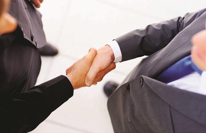 Τα μεγαλύτερα deal που έγιναν στον τομέα των επιχειρήσεων το 2016