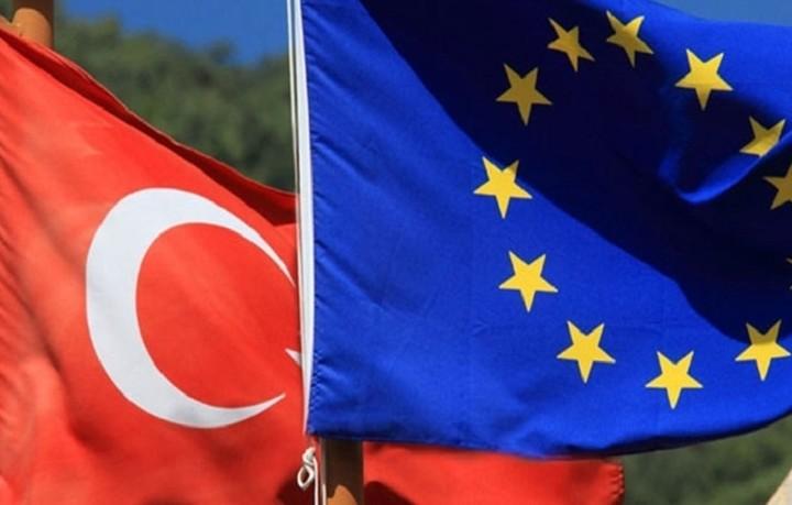 Κομισιόν: Η Τουρκία δεν πληροί όλα τα κριτήρια για την κατάργηση της βίζας