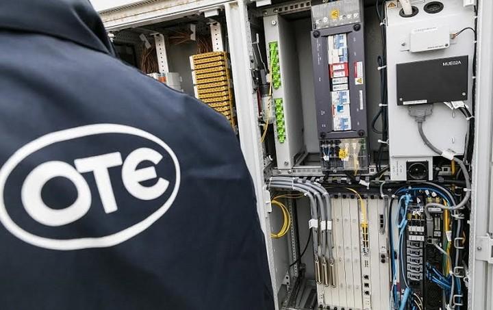 Ταχύτατη ανάπτυξη δικτύων νέας γενιάς COSMOTE σταθερής και κινητής