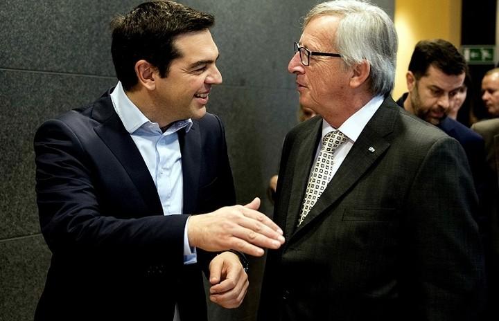 Γιουνκερ: Έρχομαι για να κομίσω ένα μήνυμα ελπίδας -Τσίπρας: Η Ελλάδα έχει μπει σε τροχιά ανάπτυξης