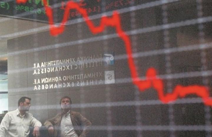 Σε ελεύθερη πτώση το Χρηματιστήριο Αθηνών με απώλειες άνω του 14%