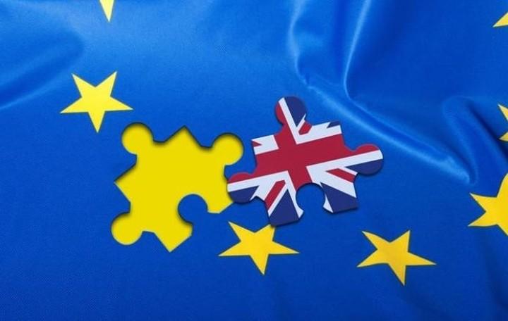 ΕΕ: Να ξεκινήσει άμεσα η διαπραγμάτευση για την έξοδο της Μ. Βρετανίας