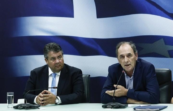 Συμφωνία συνεργασίας υπέγραψαν Σταθάκης-Γκάμπριελ