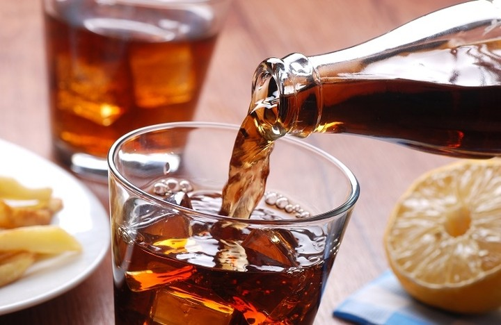 Η μάχη της cola: Ποιοι διαγράφουν άνοδο και ποιοι συρρικνώνονται