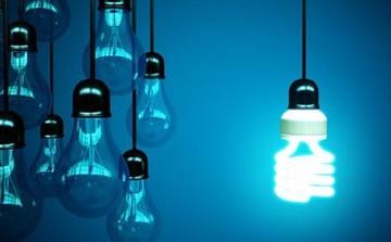 Φουντώνει ο ανταγωνισμός στο ρεύμα- Τι προσφέρουν οι εταιρίες