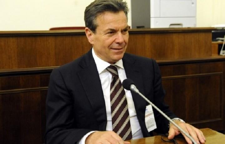 Πετρόπουλος: Μέσα στον Ιούλιο θα καταβληθούν 2.950 εφάπαξ