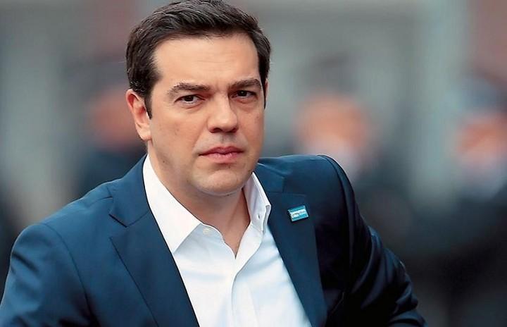 Τσίπρας: Ο Eλληνικός λαός βρίσκεται στο πλευρό του Γαλλικού λαού
