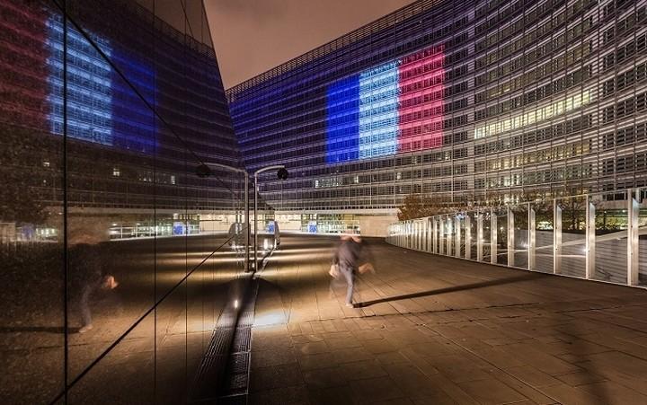 Στο πλευρό της Γαλλίας οι Βρυξέλλες