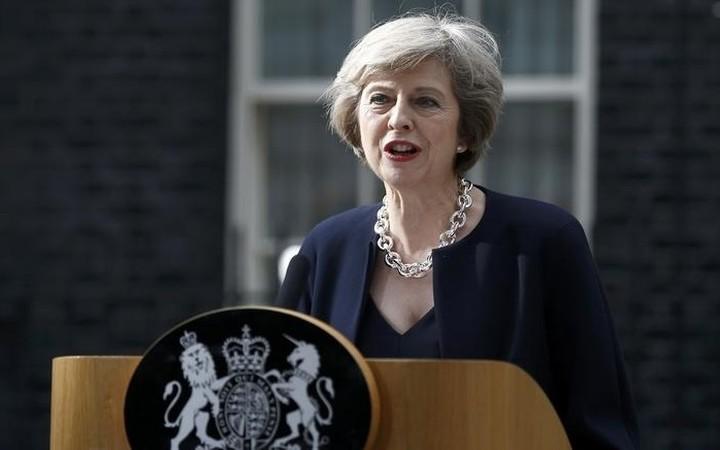 Μέι: Δεν θα ενεργοποιήθει το άρθρο 50 μέχρι να έχουμε συναντίληψη σε όλο το Ηνωμένο Βασίλειο