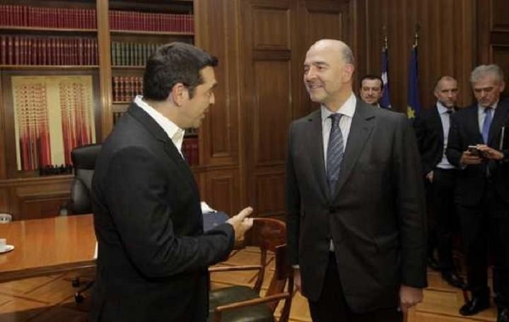 Σε εξέλιξη η συνάντηση του πρωθυπουργού με τον Μοσκοβισί