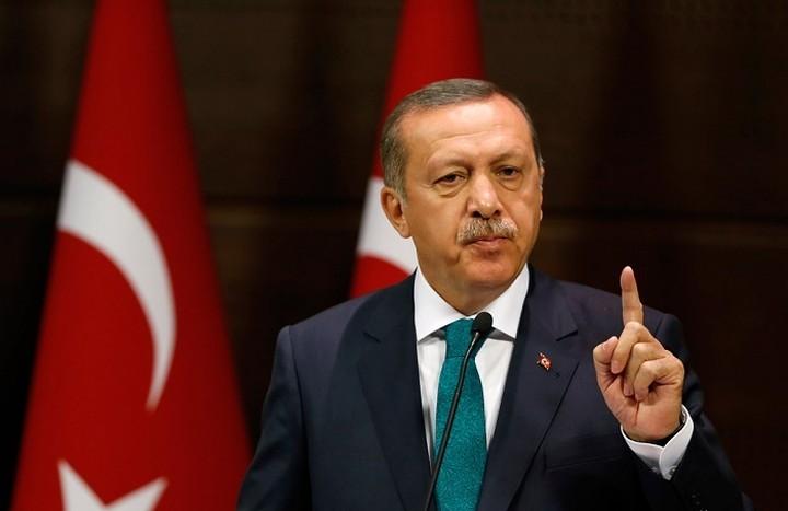 Ερντογάν: Οι πολίτες θέλουν θανατική ποινή στους «τρομοκράτυες» του πραξικοπήματος