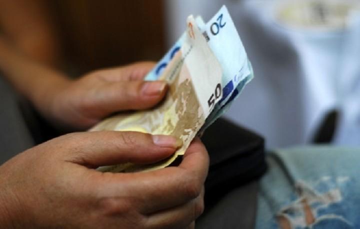 Μείωθηκε το διαθέσιμο εισόδημα των νοικοκυριών το α' τρίμηνο