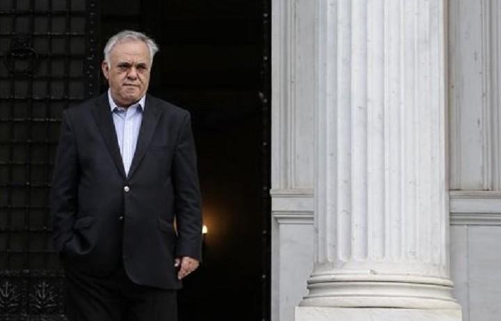Με τον πρόεδρο της ΟΤΟΕ συναντάται ο Δραγασάκης