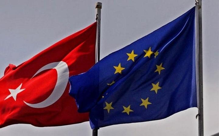 Κόντρα ΕΕ - Τουρκίας για το προσφυγικό