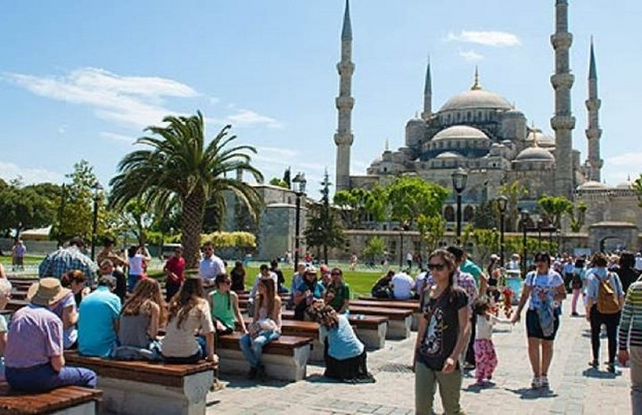 Από το κακό στο χειρότερο ο τουριστικός κλάδος στην Τουρκία