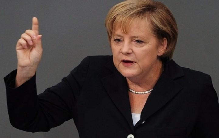 Μέρκελ: Πρέπει να πολεμήσουμε την τρομοκρατία