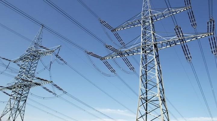 Ποιοι διεκδικούν να μας μεταφέρουν το ηλεκτρικό ρεύμα