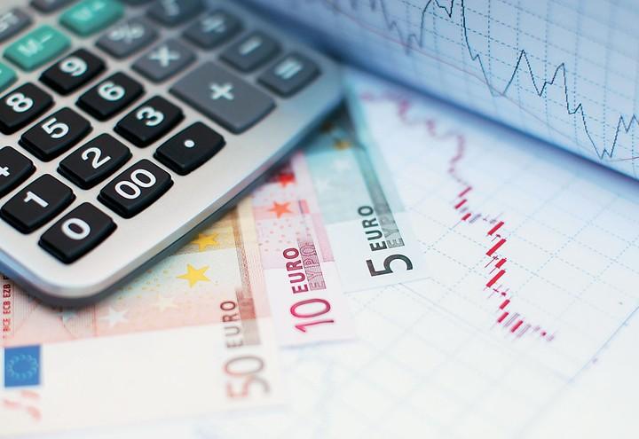 To κρυφό χαράτσι των 60 εκατ. ευρώ για χιλιάδες επιχειρήσεις